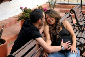 couple-pregnancy-marriage