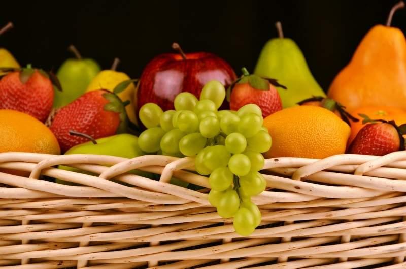 fruit-basket-grapes-apples-pears