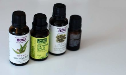 7 Amazing Benefits Of Tea Tree Oil For Skin