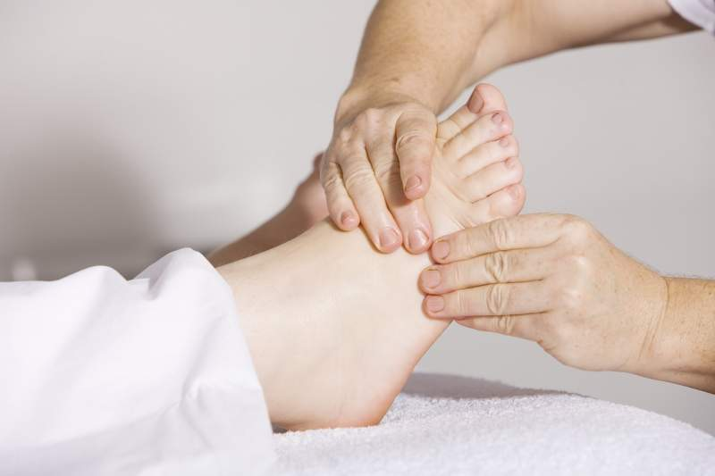 physiotherapy-foot-massage