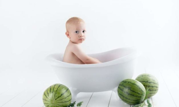 How to Help Your Toddler Love Baths