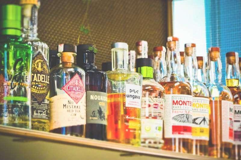bottles-alcohol-drink-beverages