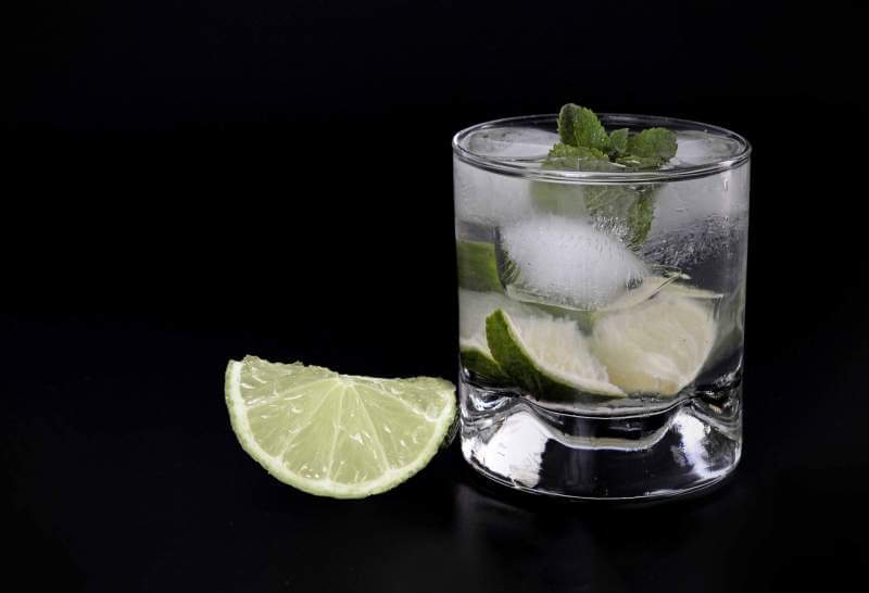 drink-caipirinha-glass-cocktail