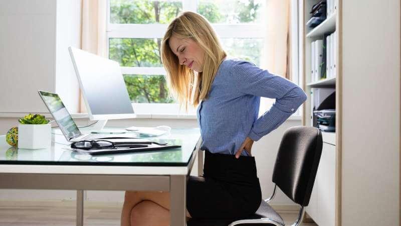 Office-women-backpain