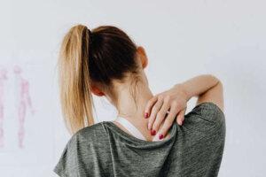 women-holding-neck-pain