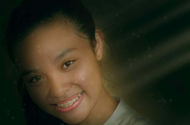 girl-dental-brace-teeth