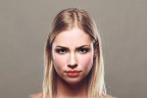 portrait-woman-face