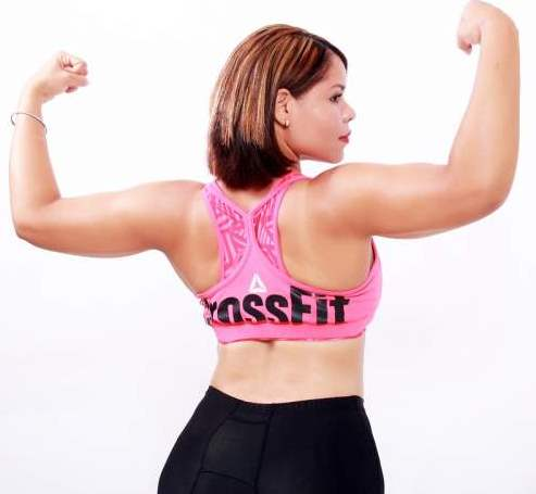 women-strong-exercise-crossfit