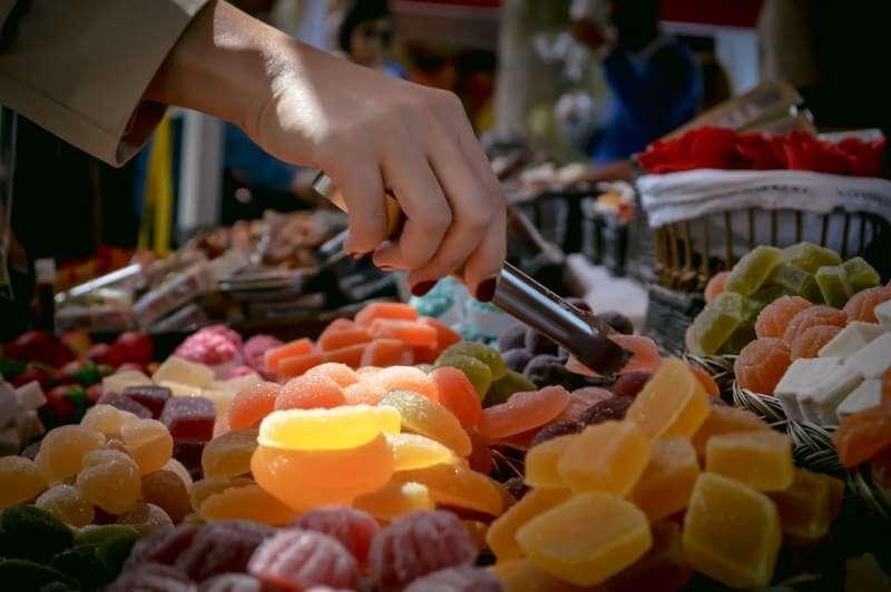 marketplace-food-sugary-fruity
