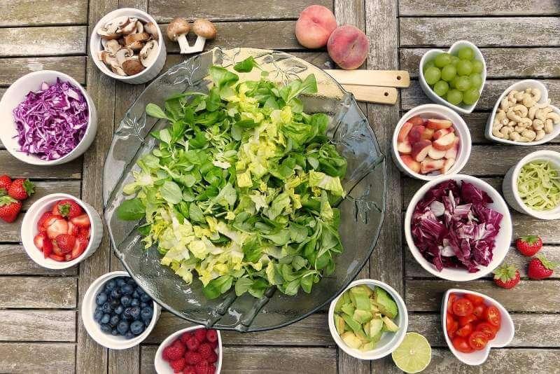 salad-fruits-berries-healthy