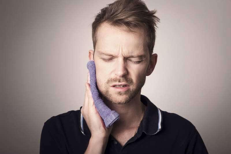 teeth-tooth-pain-dental-oral