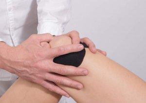 knee-taping-massage-shoulder-human