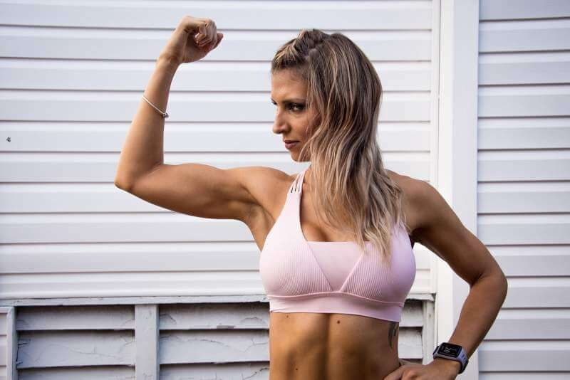 fit-strong-female-fitness-training