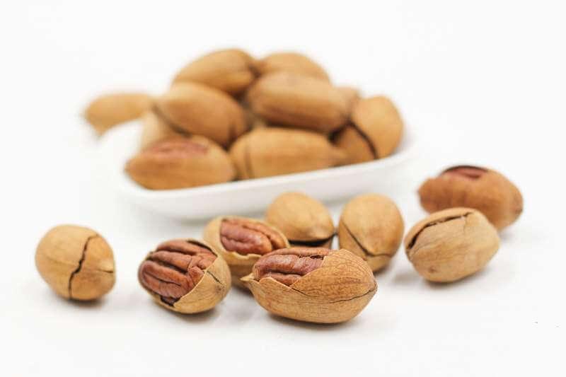 pecans-nut-walnut